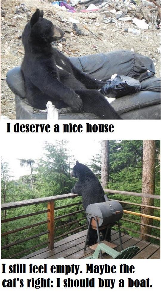 Ein nachdenklicher Bär