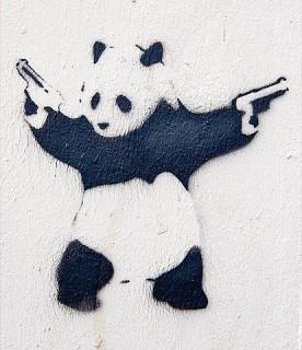 panda-baer-pistolen-graffiti-stancil