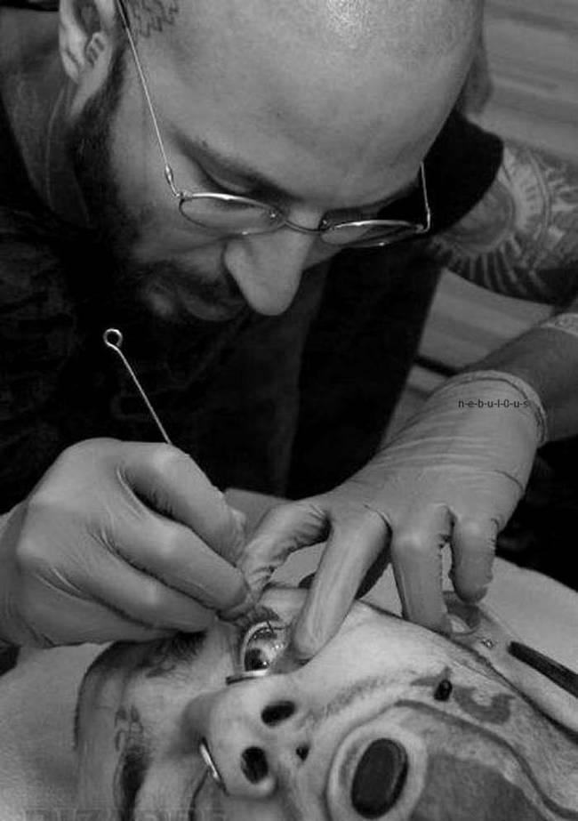 Tattoo ins Auge